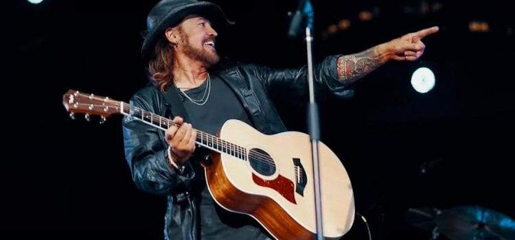 Promoter Apologizes After Billy Ray Cyrus Fails To Perform During Headlining Gig