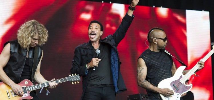 Lionel Richie Reveals Live Album, Plots 2019 Summer Tour