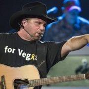 Garth Brooks Will Be The First Musician To Headline Notre Dame Stadium