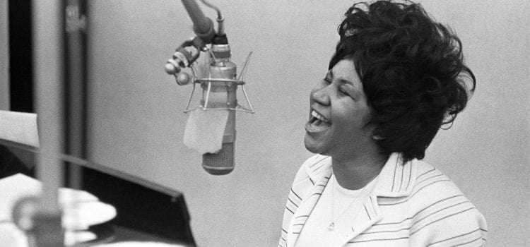 "Aretha Franklin, The ""Queen of Soul,"" Dies from Cancer at 76"