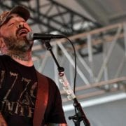 Aaron Lewis Of Staind Ends Texas Concert Early Due To Raucous Crowd