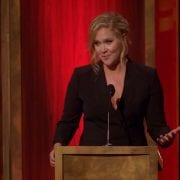 Amy Schumer Brings in $1 Million for Broadway Debut