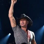 Tim McGraw To Perform Free Concert In Nashville For NFL Draft