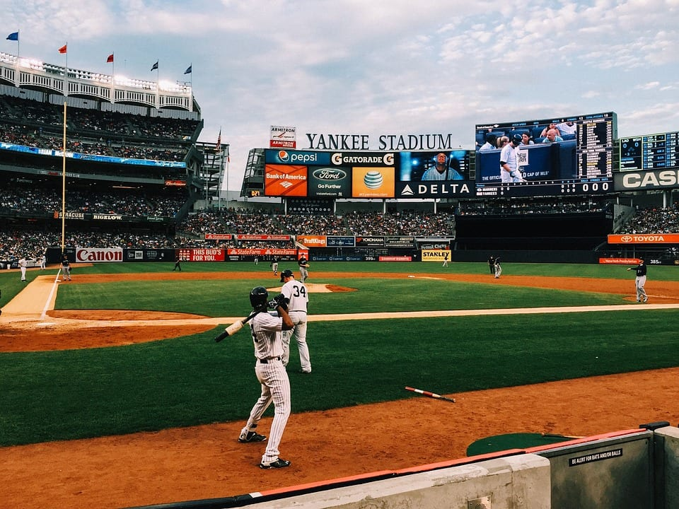 an analysis of the game between the chicago cubs and new york yankees in 1932 Were comparable to those of the new york yankees 1906–10 chicago cubs league in scoring between 1926 and 1932, the yankees did so by an.
